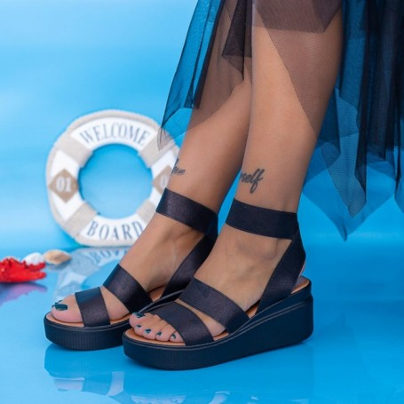 Sandale Dama cu Platforma PT13 Negru Mei
